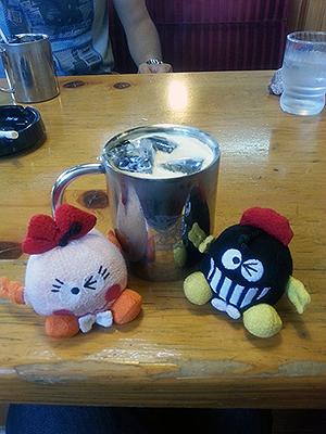 アイスコーヒー。ミルク入れ過ぎた