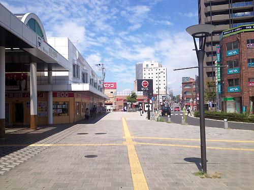 知多半田駅からこの方角
