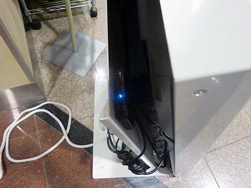 SDカードを挿入する場所