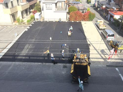 砂川店の駐車場舗装工事です