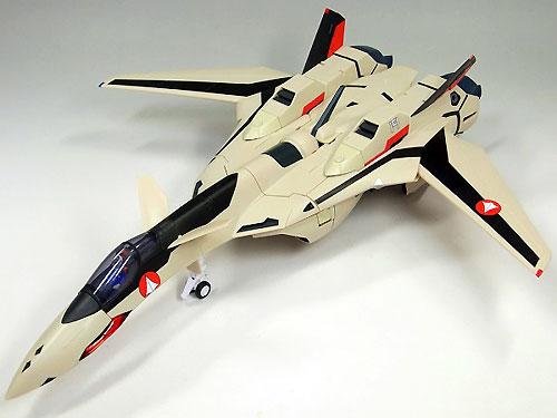 マクロスプラスより「YF-19エクスカリバー」