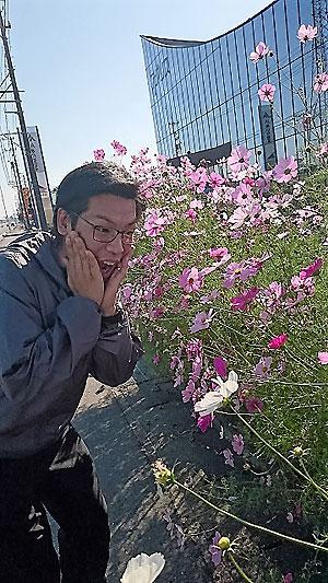 見とれる飯田
