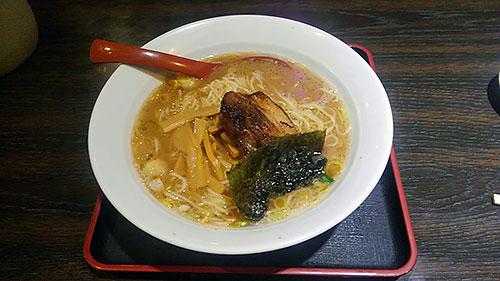 参鶏湯麺(醤油味)