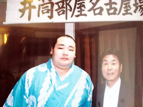 横綱鶴竜関とオーナーさん