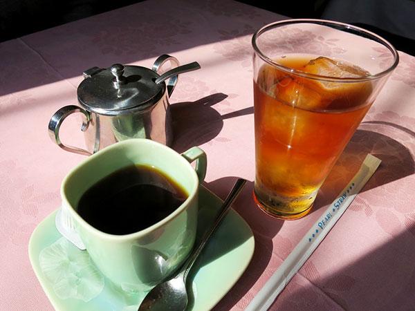 コーヒー&ウーロン茶