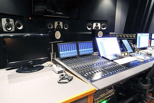 スタジオ4