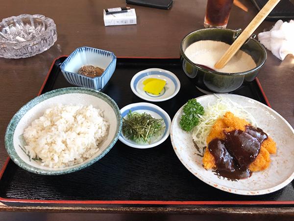 麦とろ味噌カツ定食