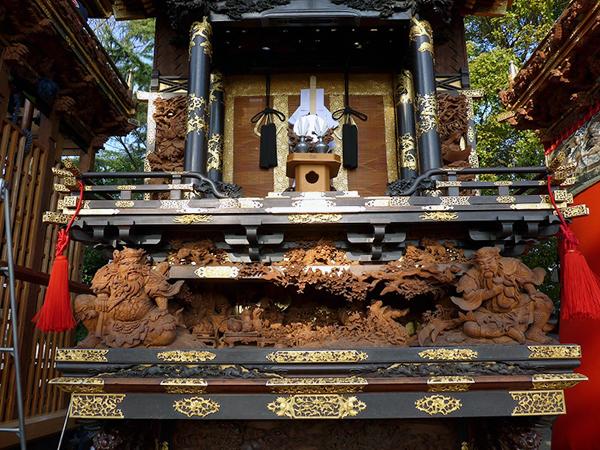 南山八幡車 壇箱題材「桃園の三傑」初代彫常作