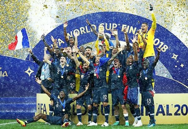 次のワールドカップは2022年!今度はカタールですよ♪