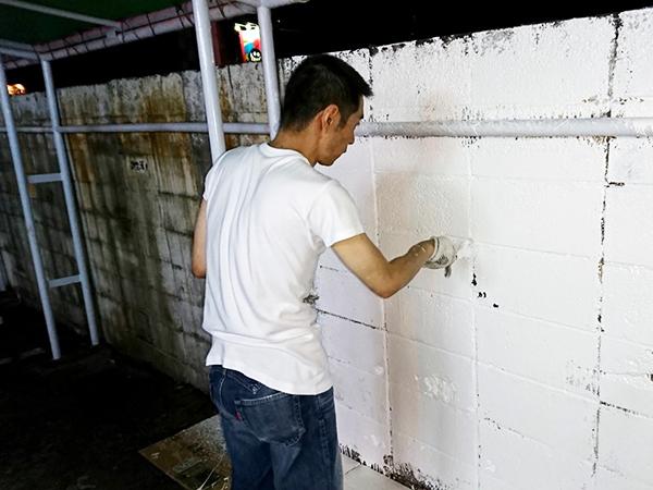 ペンキ塗り初体験