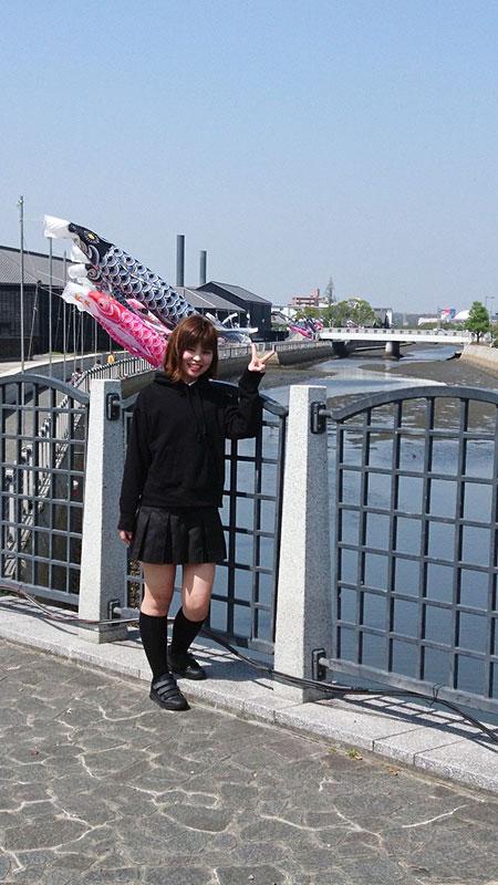 麻衣子さんと鯉