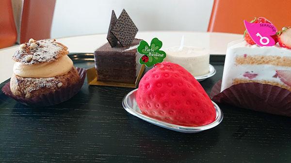 5つのケーキ