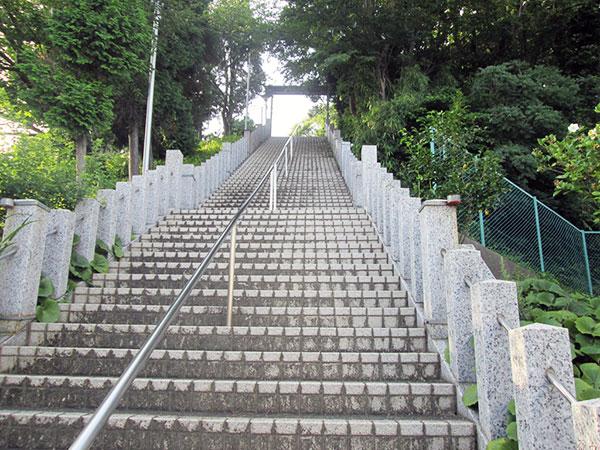 秋葉社階段