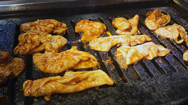 半田市、JR半田駅から徒歩3分!昔ながらのもくもく焼肉『美よし亭』
